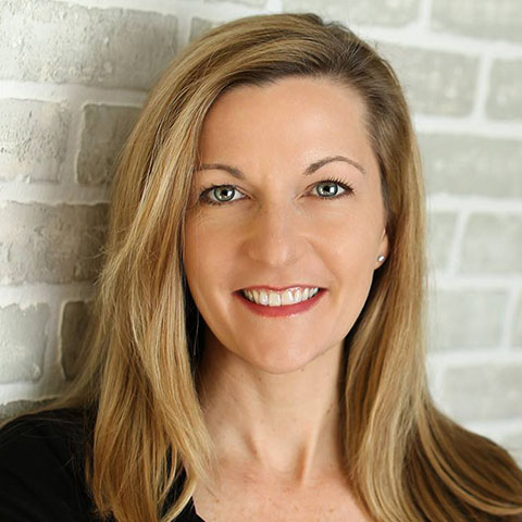 Head shot of Deidre Schmidt
